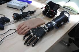 ربات های تابع مغز